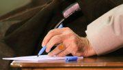 موافقت رهبری با عفو و تخفیف مجازات ۱۱۱۷ نفر از محکومان